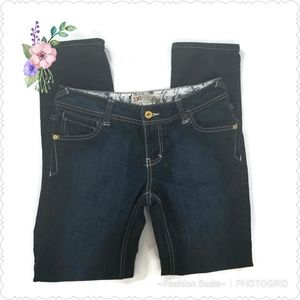 YMI JEANS CITY OF ANGELS SIZE 9